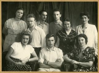 Леопольд Ященко з однокурсниками. 1954