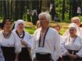 """Леопольд Ященко і хор """"Гомін"""" у Биківні. Травень 2005"""